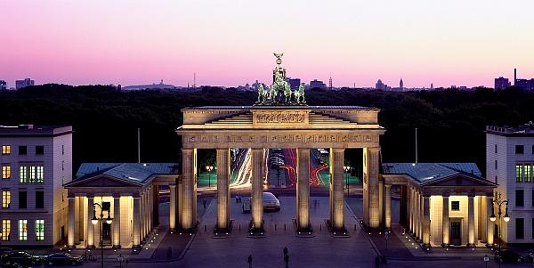 Brandenburger Tor / Brandenburg Gate © visitBerlin, Foto: Wolfgang Scholvien